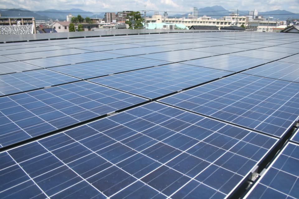スマート工場 太陽光パネル設置